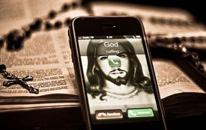 iphone-god-calling